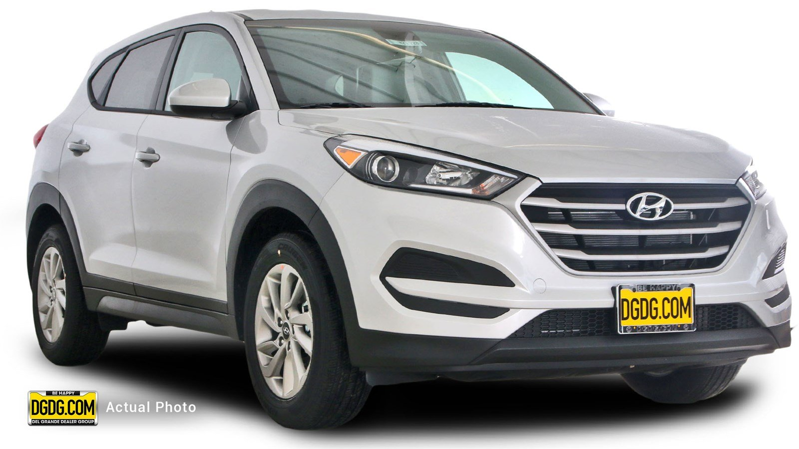 new 2017 hyundai tucson se sport utility in san jose h21728 capitol hyundai. Black Bedroom Furniture Sets. Home Design Ideas
